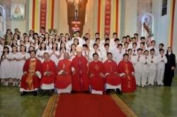 Giáo xứ Tân Trang: Lãnh nhận Chúa Thánh Thần